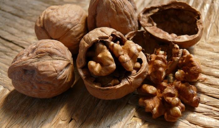 i-benefici-della-vitamina-E-per-proteggere-il-nostro-fegato