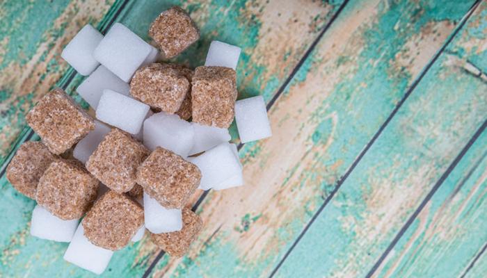 mangiare-zucchero-fa-male-anche-se-ci-piace-tanto