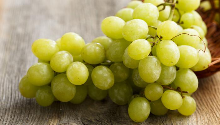 preservare-la-salute-degli-occhi-con-uva