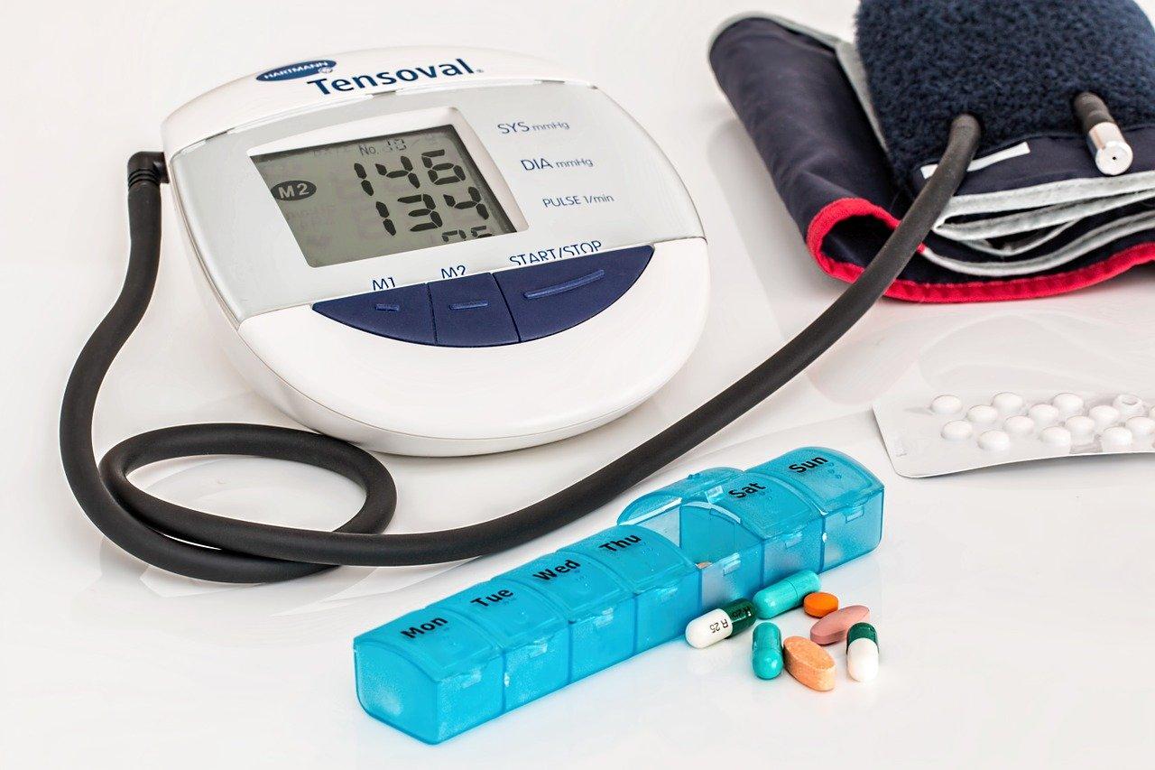 abbassare pressione sanguigna