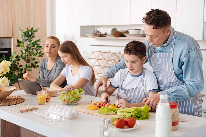 come-aiutare-i-piu-giovani-a-vivere-sano